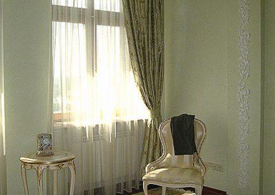Оливковые занавески для спальни